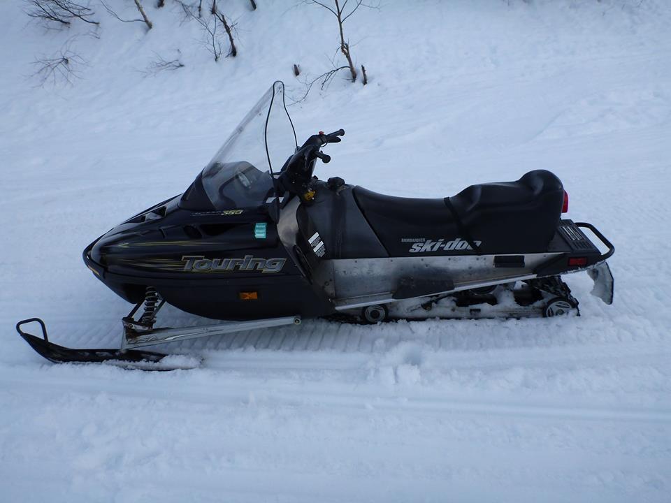 Balade en scooter des neiges, après le ski…
