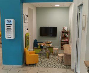 """Espace """"enfants"""" à l'office de tourisme."""